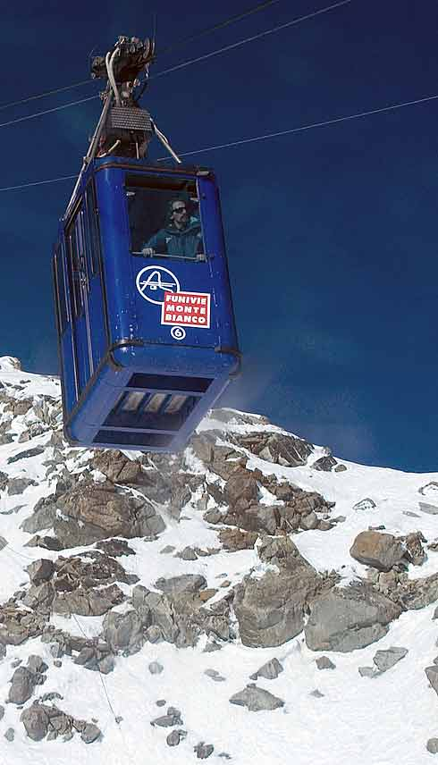 Monte Bianco cablecar from Cormeyeur